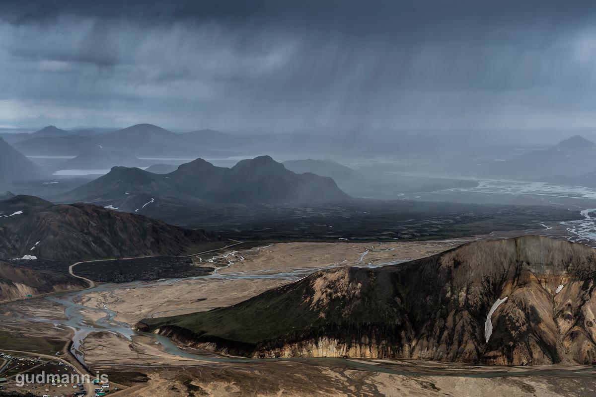 Rain clouds in Landmannalaugar
